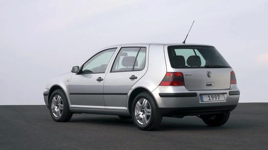 Name: VW-golf4_ORI2.jpg Größe: 1600x900 Dateigröße: 446499 Bytes