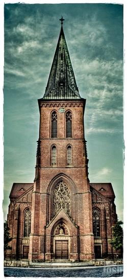 Name: kirche-rahmen-small.jpg Größe: 678x1500 Dateigröße: 1069362 Bytes