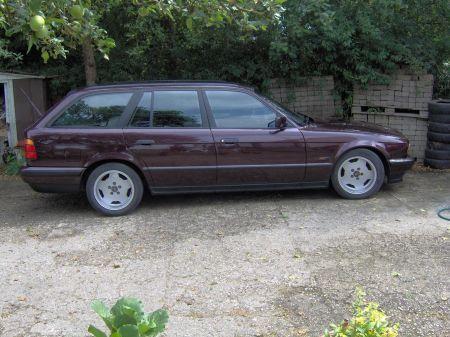 Name: BMW-525tds_touring1.jpg Größe: 450x337 Dateigröße: 52002 Bytes