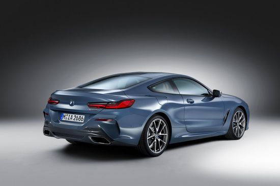 Name: P90306642_highRes_the-all-new-bmw-8-se.jpg Größe: 1280x853 Dateigröße: 88173 Bytes
