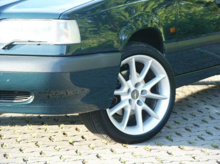 Name: Volvo-8502.jpg Größe: 450x337 Dateigröße: 50105 Bytes
