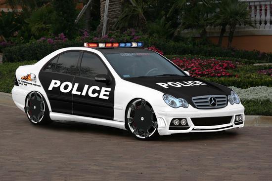 Name: c32_amg_police.jpg Größe: 1200x800 Dateigröße: 734312 Bytes