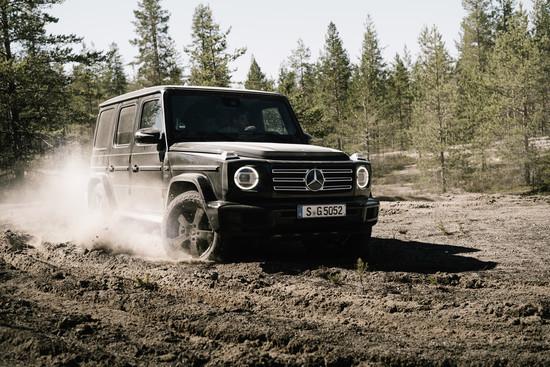 Auto - Mercedes-Benz schickt Influencer in die finnnische Taiga