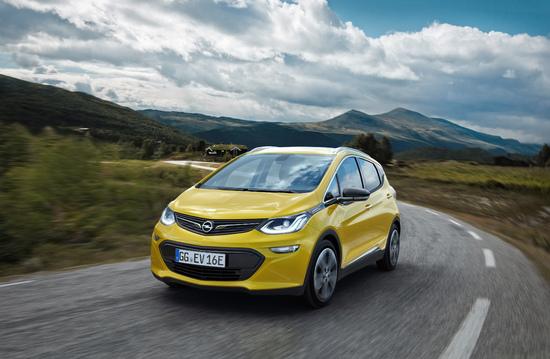 Name: Opel-Ampera-E-3032943.jpg Größe: 4252x2776 Dateigröße: 3640020 Bytes