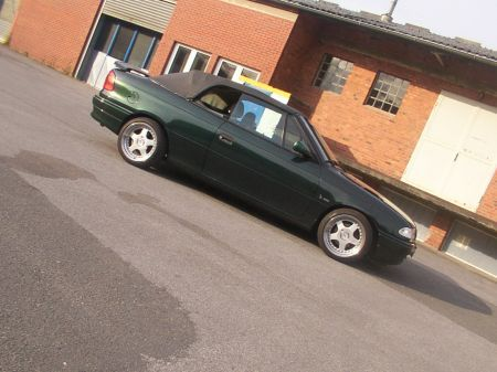 Name: Opel-Astra_-F-_Cabrio_Bertone15.jpg Größe: 450x337 Dateigröße: 35797 Bytes