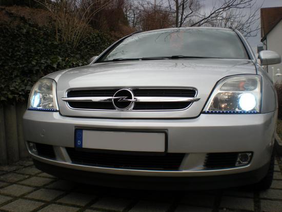 Name: Opel_Vectra_6.jpg Größe: 2592x1944 Dateigröße: 489975 Bytes