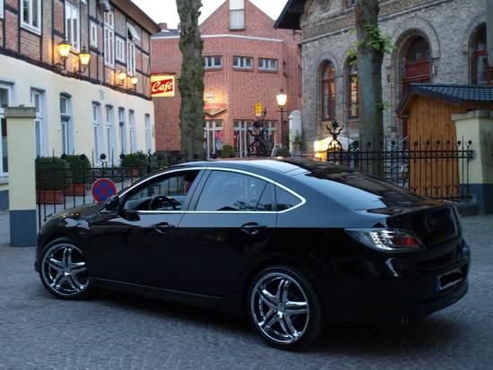 Name: Mazda-Forum-10.jpg Größe: 3648x2736 Dateigröße: 564686 Bytes