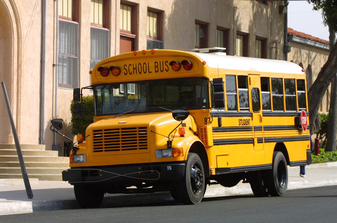Schoolbus Pagenstecher De Deine Automeile Im Netz