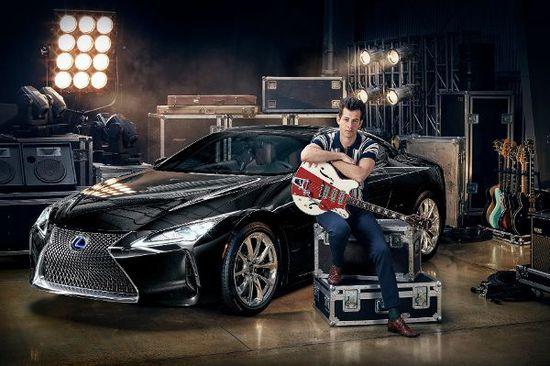 Auto - Lexus LC-Kampagne mit Mark Ronson