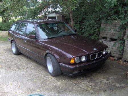 Name: BMW-525tds_touring.jpg Größe: 450x337 Dateigröße: 50766 Bytes