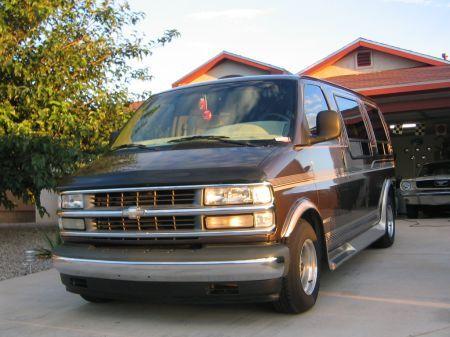 Name: Chevrolet-Express_Van1.jpg Größe: 450x337 Dateigröße: 43762 Bytes