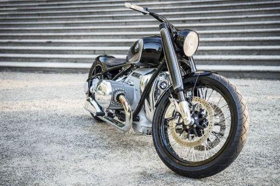 Name: P90351217_lowRes_bmw-motorrad-concept.jpg Größe: 1920x1277 Dateigröße: 343073 Bytes