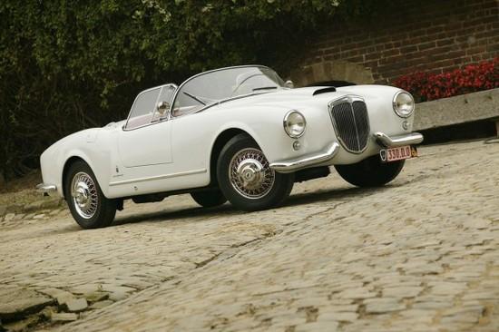 Name: Der-lteste-noch-erhaltene-Lancia-Aurelia-Spider-a-110518-601x400.jpg Größe: 601x400 Dateigröße: 75116 Bytes