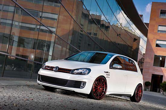 Name: Dotz_VW_Golf_VI-Fast_Fifteen_red_edt-Set1-Front_MRS.jpg Größe: 1620x1080 Dateigröße: 285481 Bytes