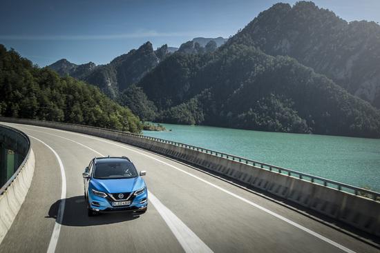 Name: Nissan_Qashqai_mit_neuem_1_7-Liter-Dieselmotor_1-source.jpg Größe: 4653x3102 Dateigröße: 2572050 Bytes