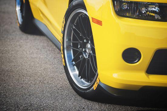 Name: DOTZ_Revvo_dark_Chevrolet_Camaro_press_6.jpg Größe: 1920x1282 Dateigröße: 335101 Bytes
