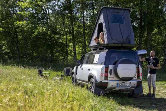 Name: Land_Rover_Defender_Camping__36.jpg Größe: 1024x683 Dateigröße: 116048 Bytes