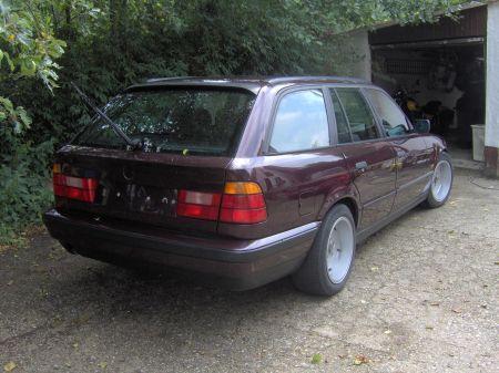 Name: BMW-525tds_touring2.jpg Größe: 450x337 Dateigröße: 46744 Bytes