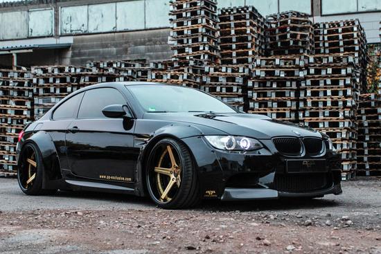"Felgen + Reifen - PP Exclusive – BMW M3 E92 ""Liberty Walk"""