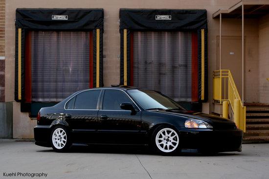 Name: Honda_Civic_Sedan.jpg Größe: 1200x800 Dateigröße: 145500 Bytes