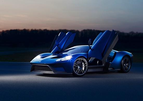 Name: schnellstes-serienmodell-von-ford-aller-zeiten-neuer-ford-gt-erreicht-eine-hoechstgeschwindigkeit-vo2.jpg Größe: 710x502 Dateigröße: 72843 Bytes