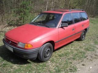 Name: Opel_Astra_Caravan---foto-bild-09-24540709.jpg Größe: 320x240 Dateigröße: 17150 Bytes