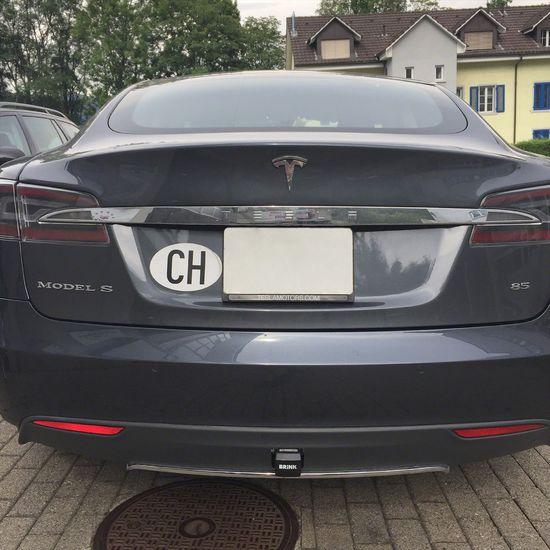 Name: Tesla-Model-S-01.jpg Größe: 1920x1920 Dateigröße: 555577 Bytes