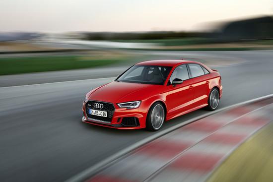 Auto - Paris 2016: Europäer müssen länger auf den Audi RS 3 warten