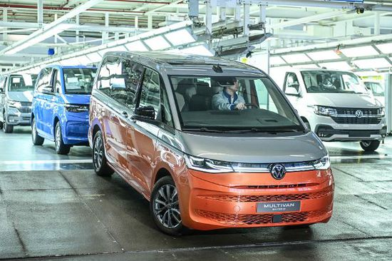 Erlkönige + Neuerscheinungen - Neuer VW Multivan geht an den Start