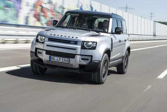 Name: Land_Rover_Defender_On_Road_4.jpg Größe: 1024x683 Dateigröße: 50001 Bytes