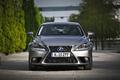 Elektro + Hybrid Antrieb - Lexus IS 300h ist der sparsamste Benziner in der Mittelklasse