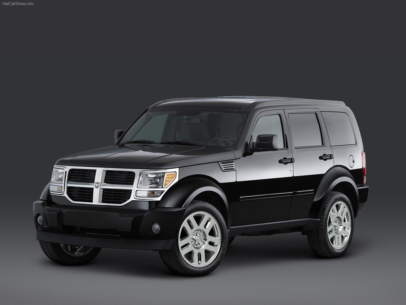 Dodge Nitro SUV - pagenstecher.de - Deine Automeile im Netz