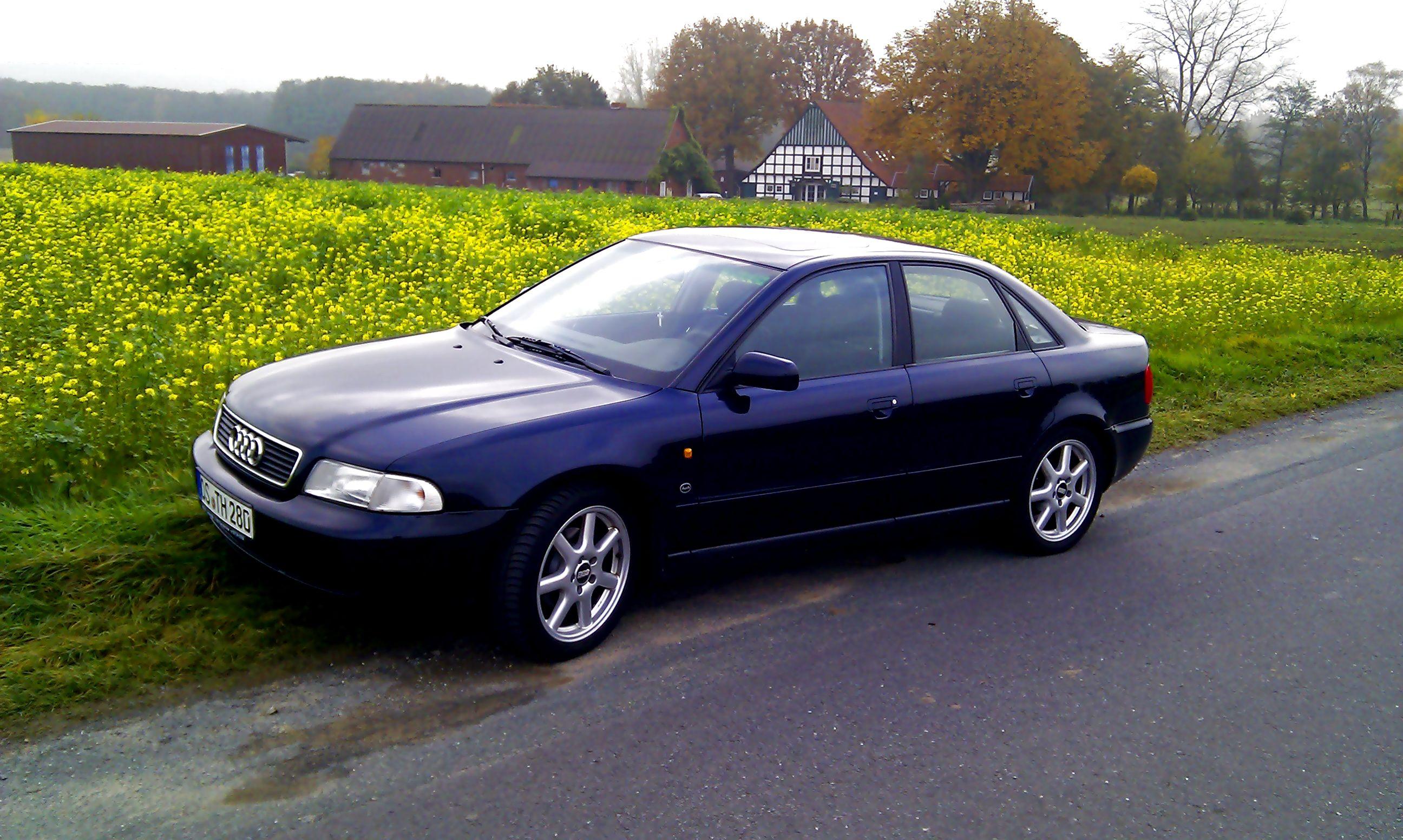 Name: Audi_A4_21.jpg Größe: 2592x1552 Dateigröße: 599842 Bytes