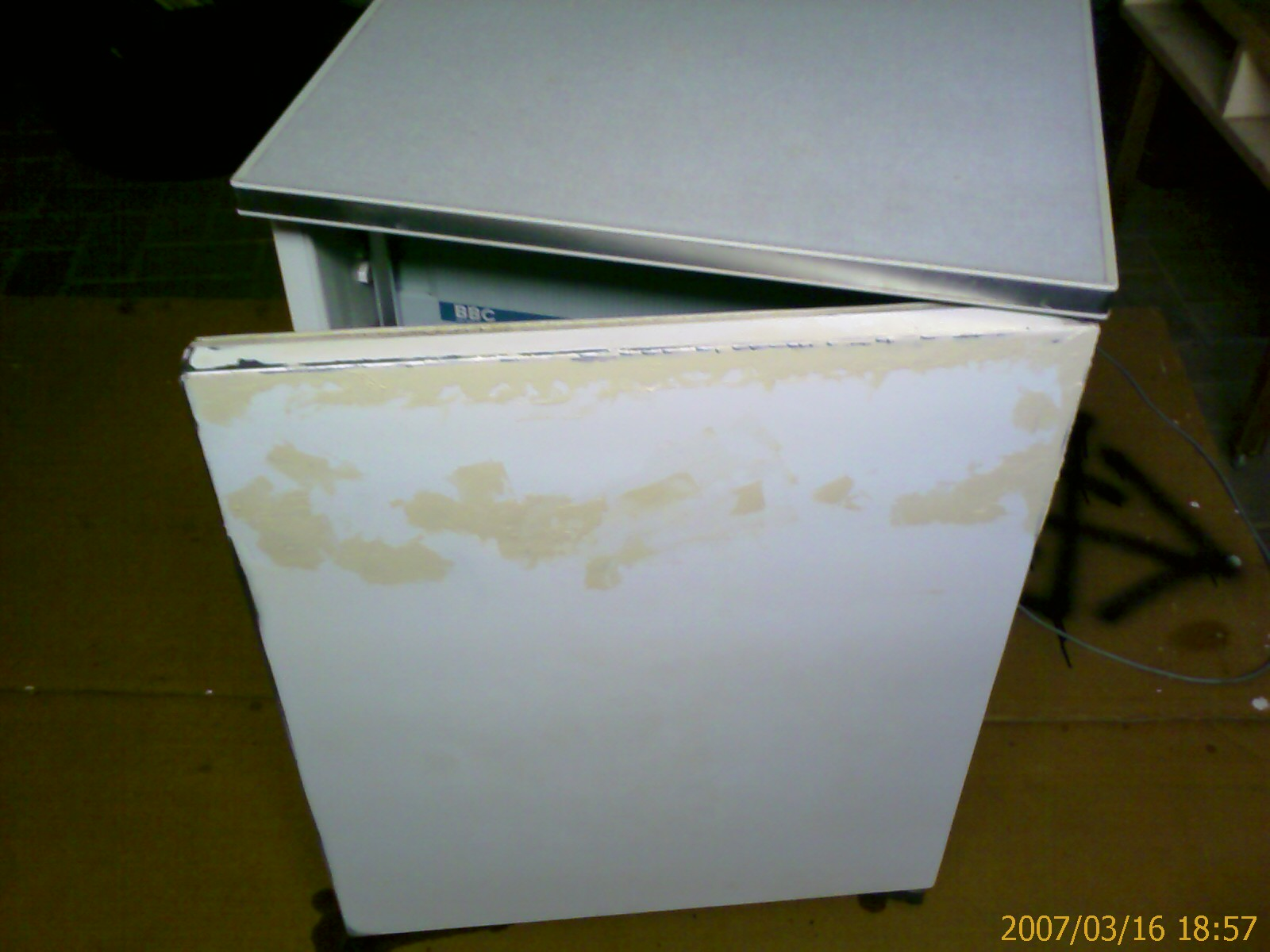 Restoration meines Kühlschranks - Seite 2 - pagenstecher.de - Deine ...