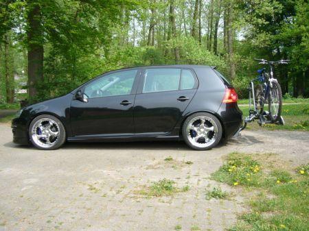 Name: VW-Golf_5_20_TDI3.jpg Größe: 450x337 Dateigröße: 43136 Bytes