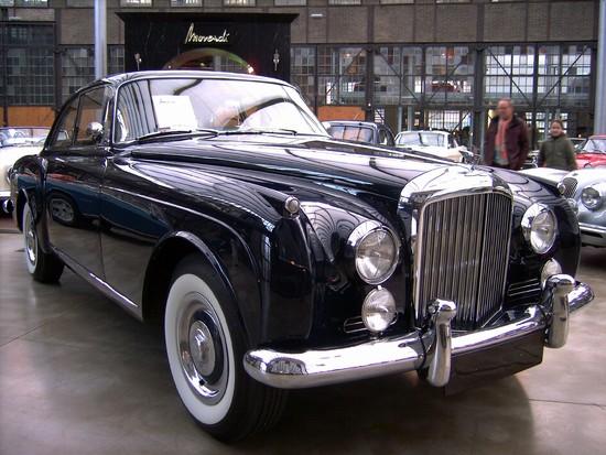 Name: 18-Bentley_Continental.JPG Größe: 2848x2136 Dateigröße: 1464557 Bytes