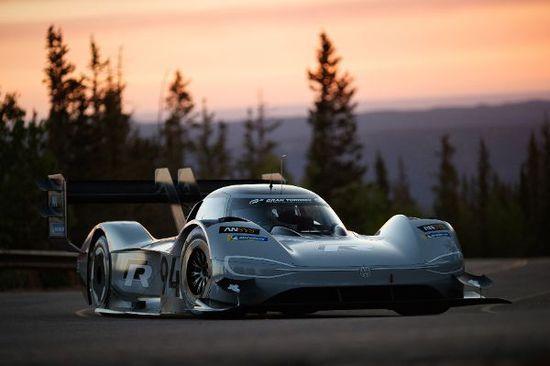Motorsport - VW setzt beim Pikes Peak auf Grau und die 94