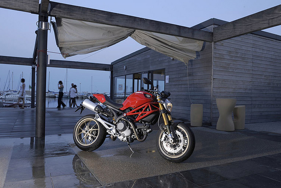 Name: Ducati2.jpg Größe: 760x509 Dateigröße: 323458 Bytes