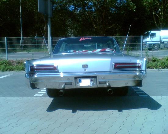 Name: Bild_Chrysler_New_Yorker_6.jpg Größe: 1280x1024 Dateigröße: 264860 Bytes