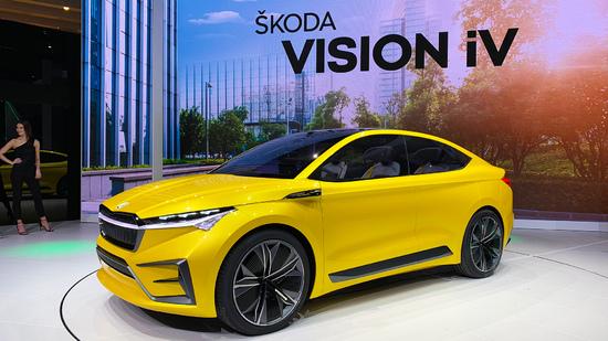 Name: 2019_Genf_Skoda_Vision_iV_Deutsch_IMG_2304.jpg Größe: 1920x1080 Dateigröße: 953876 Bytes