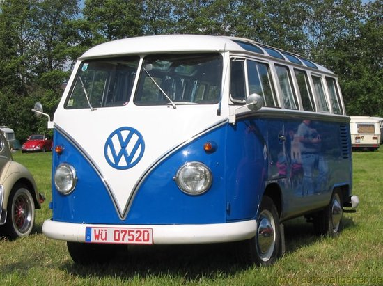 Name: VW_Bus_T1_1.jpg Größe: 1200x896 Dateigröße: 208002 Bytes