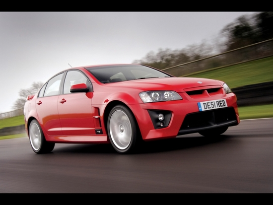 Name: 2008-Vauxhall-VXR8-Front-And-Side-Speed-1920x1440UP.jpg Größe: 1280x960 Dateigröße: 477549 Bytes