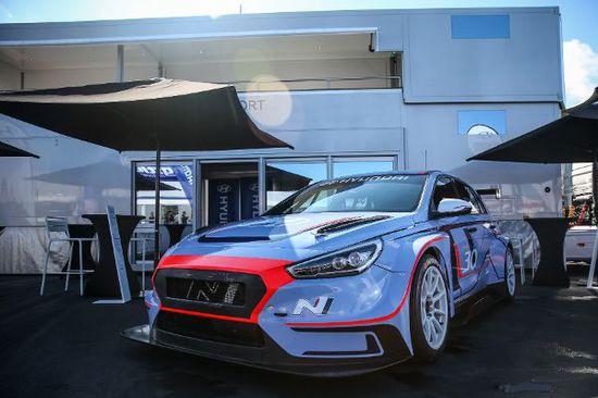 Luxus + Supersportwagen - Kraftpaket: Der Hyundai i30 N TCR