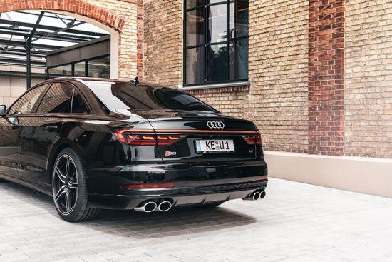 Name: Audi_S8_ABT_FR-4.jpg Größe: 3543x2363 Dateigröße: 1224539 Bytes