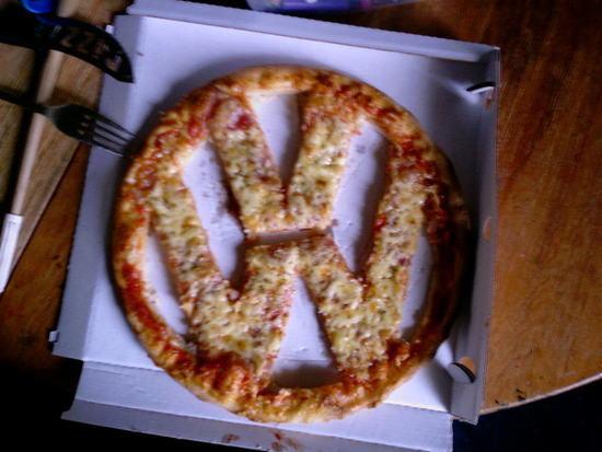 Name: VWPizza.jpg Größe: 800x600 Dateigröße: 74460 Bytes