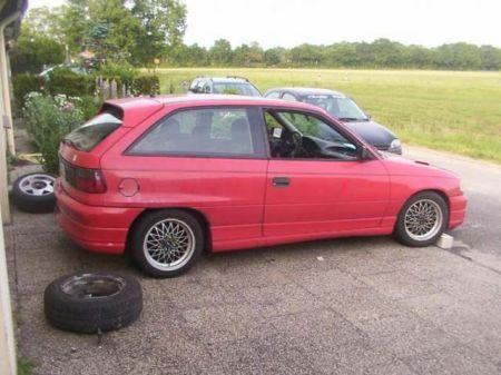Name: Opel-Astra_GSI.jpg Größe: 450x337 Dateigröße: 32378 Bytes