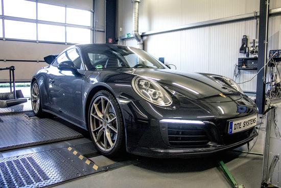 Name: DTE-Porsche-911-Carrera-4S-2.jpg Größe: 1024x683 Dateigröße: 290135 Bytes