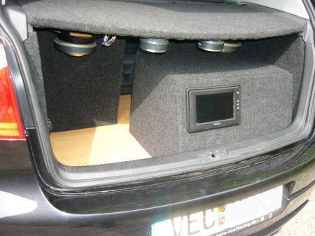 Name: VW-Golf_5_20_TDI4.jpg Größe: 450x337 Dateigröße: 40595 Bytes