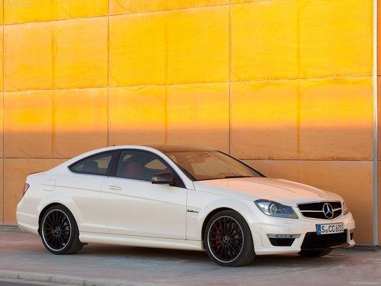 Name: Mercedes-Benz-C63_0_Coupe_2012_1600x1200_wallpaper_0b.jpg Größe: 1600x1200 Dateigröße: 244307 Bytes