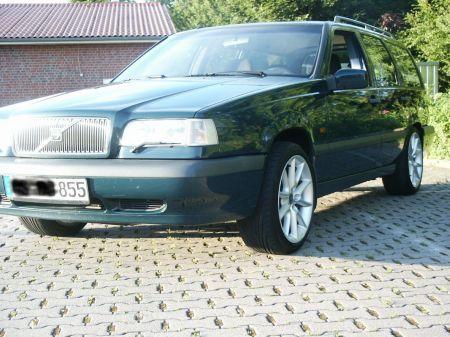 Name: Volvo-850.jpg Größe: 450x337 Dateigröße: 62424 Bytes